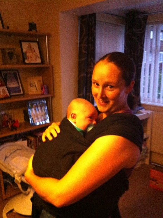 Babywearing with a Tots Bots Papoozle – review