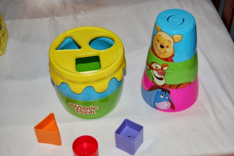 Winnie the Pooh Stack & Pour toy – review