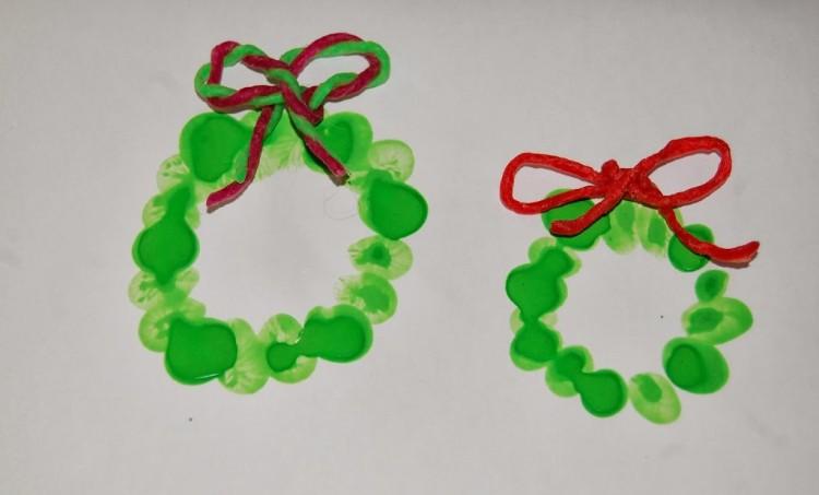 Christmas fingerprint wreath