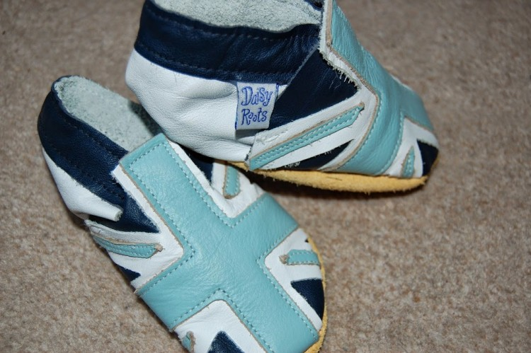 Daisy Roots baby shoes review and giveaway
