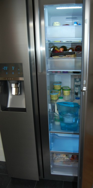 Samsung FoodShowCase fridge freezer review – first impressions