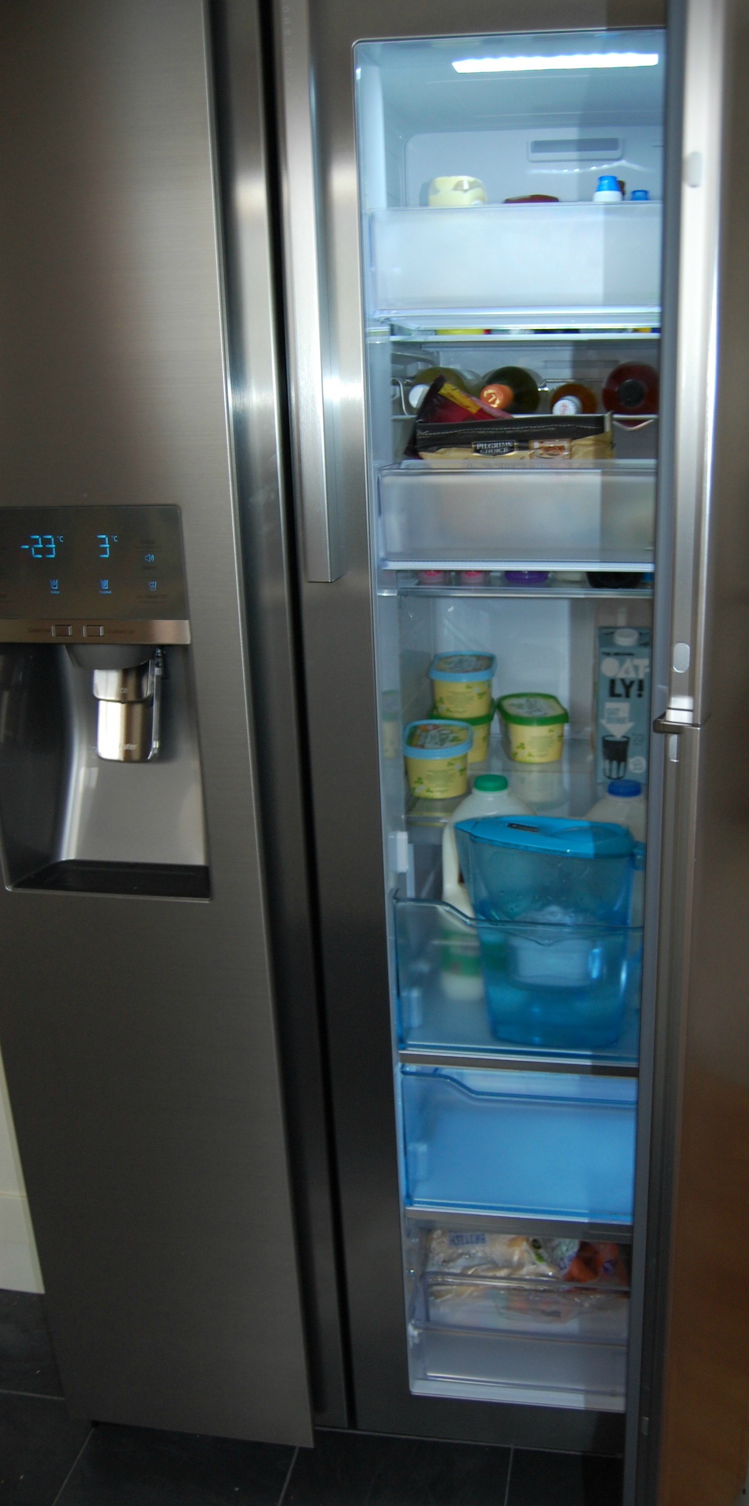 Samsung Foodshowcase Fridge Freezer Review First