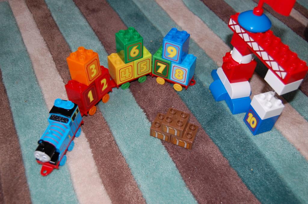 Mega Bloks Thomas Learning Train