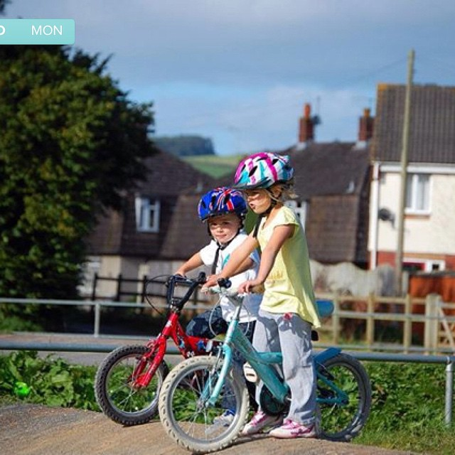A pair of cool kids #timehop