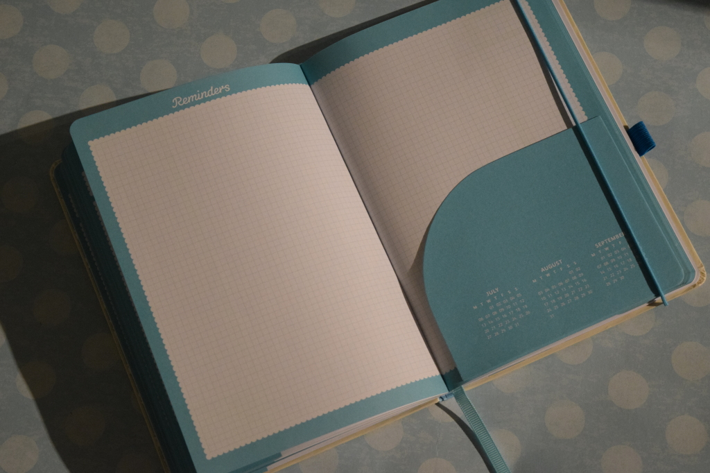 Busy B diary and family planner
