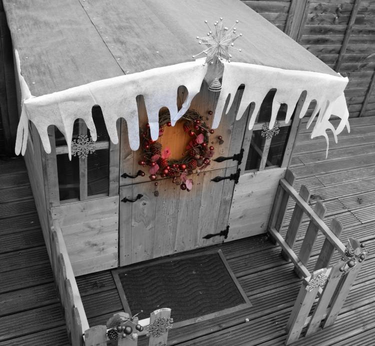Creating a Santa's Grotto playhouse