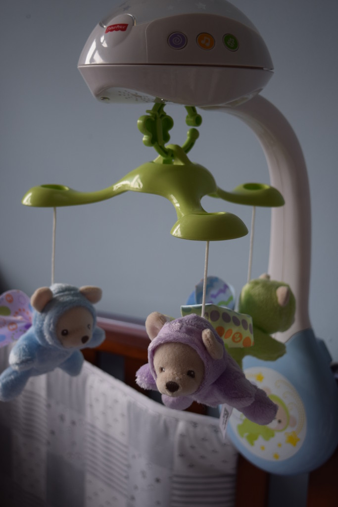 Fisher Price Butterfly Dreams projection cot mobile