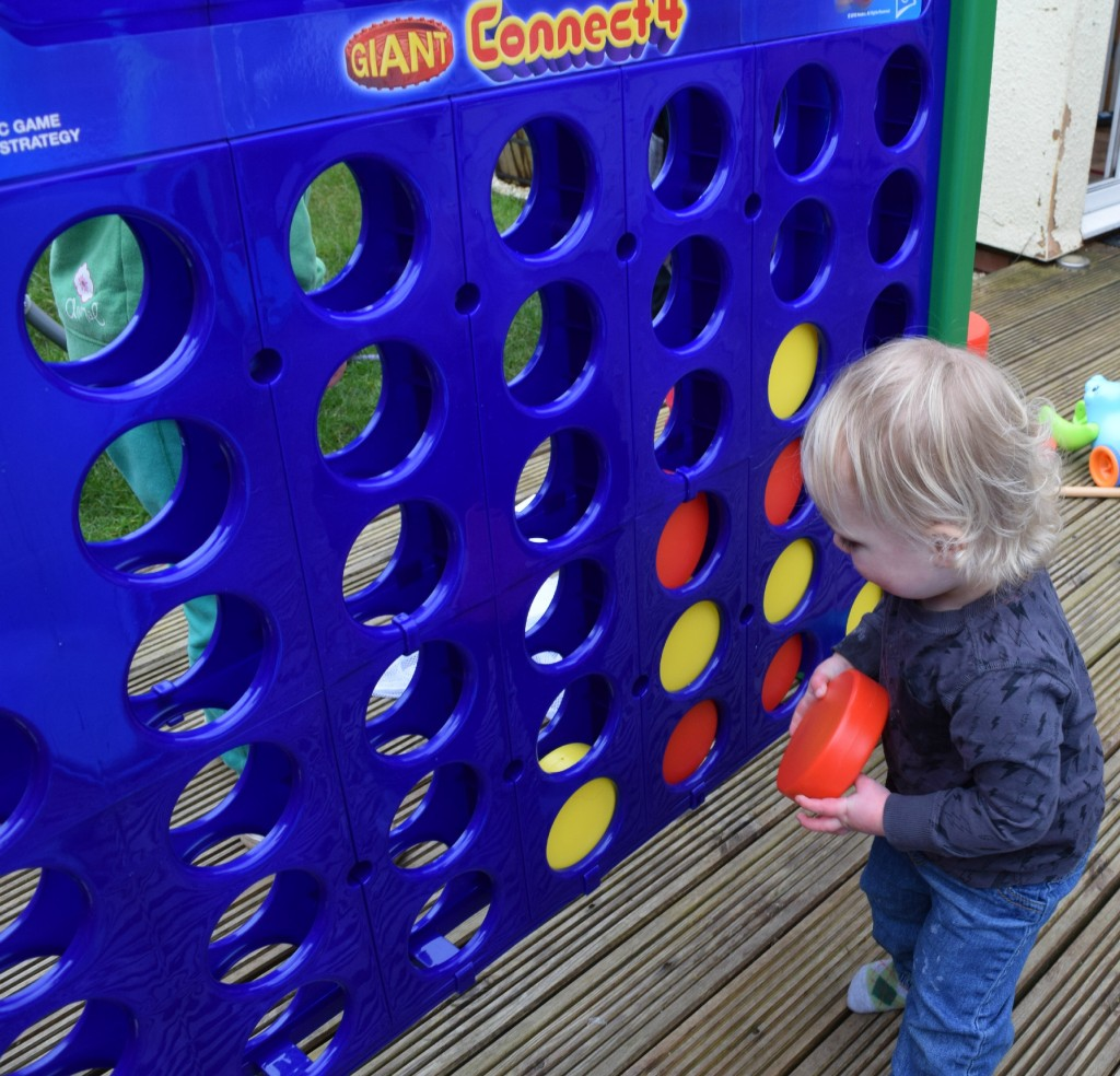 Giant Connect 4 review