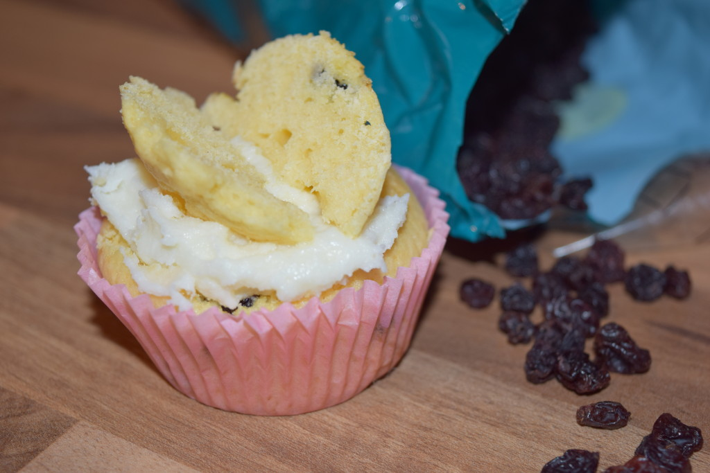 Flora Buttery lemon cupcakes