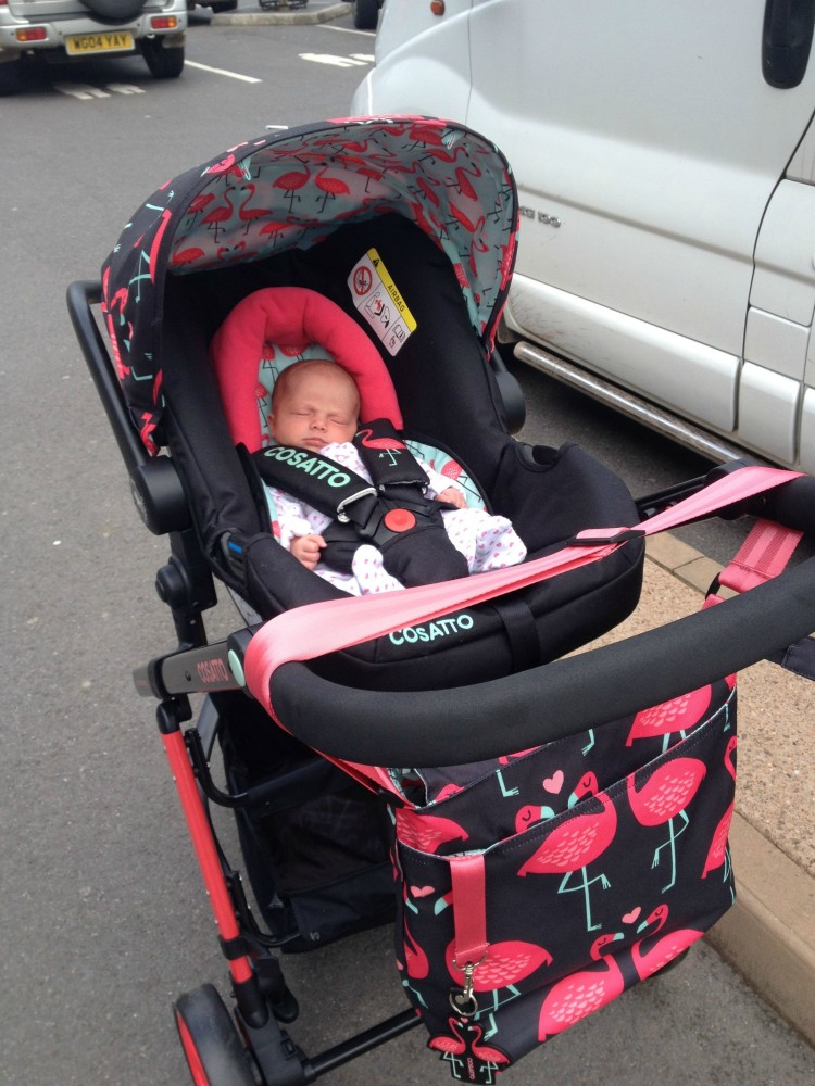 Review Cosatto Giggle 2 Travel System With Hold Car Seat