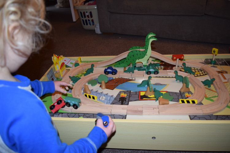 Plum Play Roar-A-Saur table