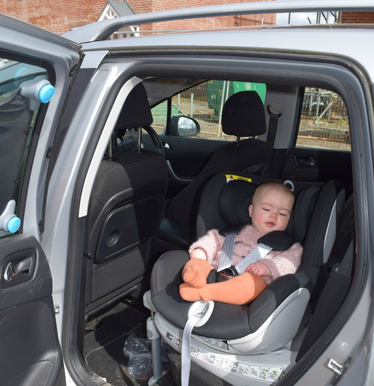 Review Britax Dualfix Family Fever
