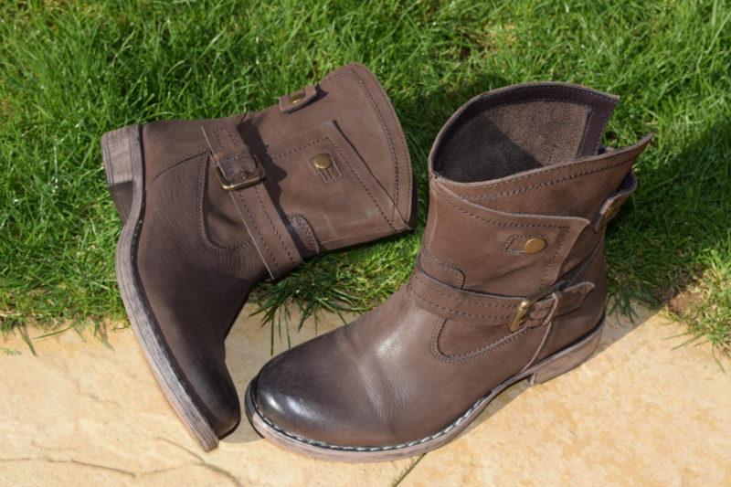 Brantano Lotus Lilian boots