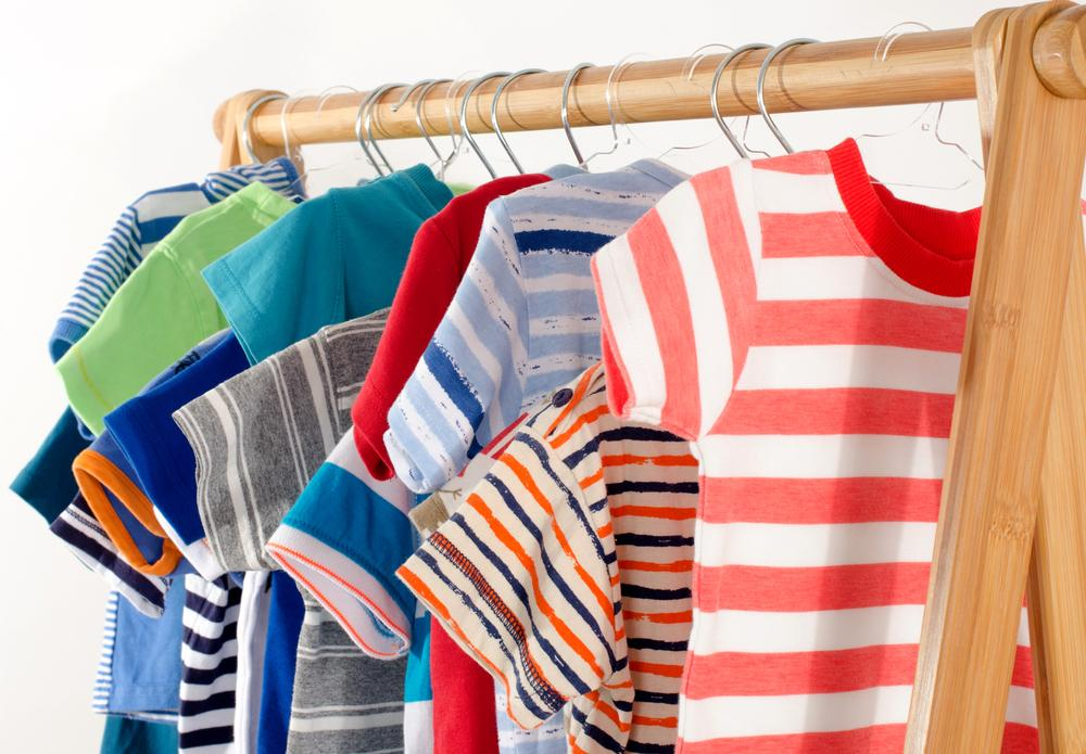 5 ways to encourage your child to dress themselves