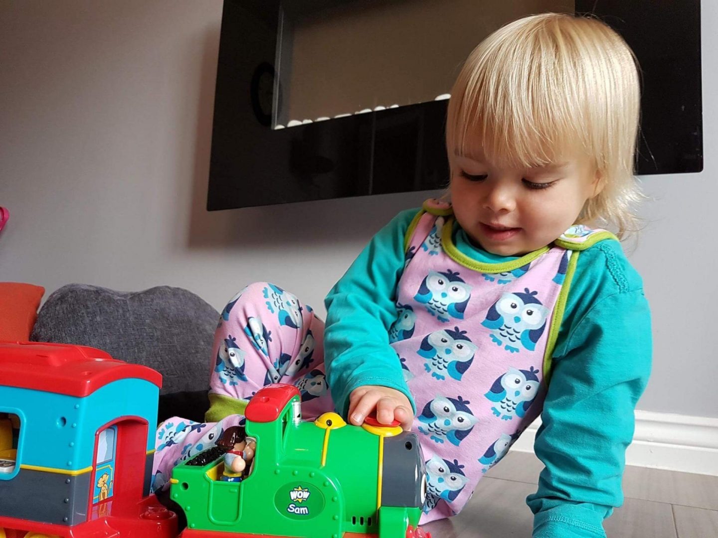 Review & giveaway | WOW Toys Sam the Steam Train