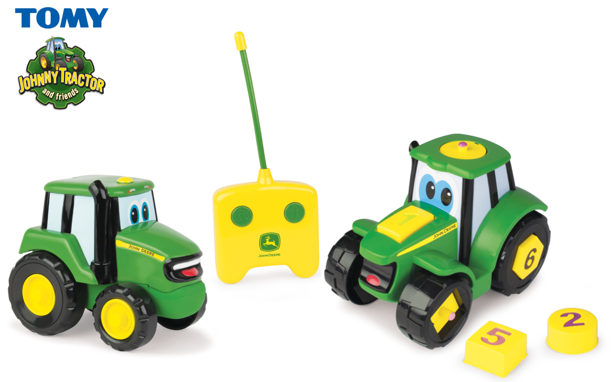 Giveaway | Win Tomy John Deere Johnny Tractor bundle