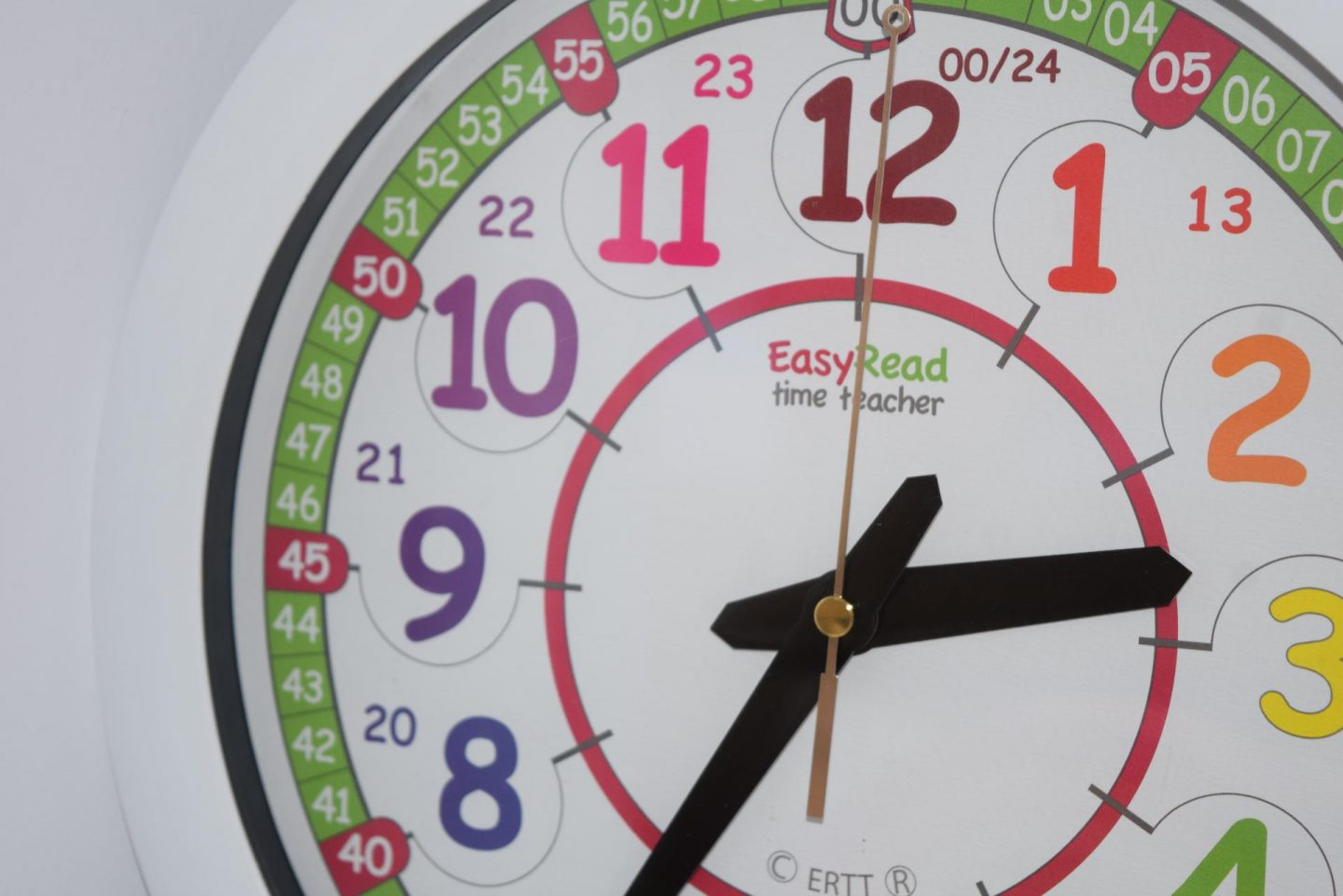 Review | EasyRead Time Teacher Rainbow 24 hour wall clock