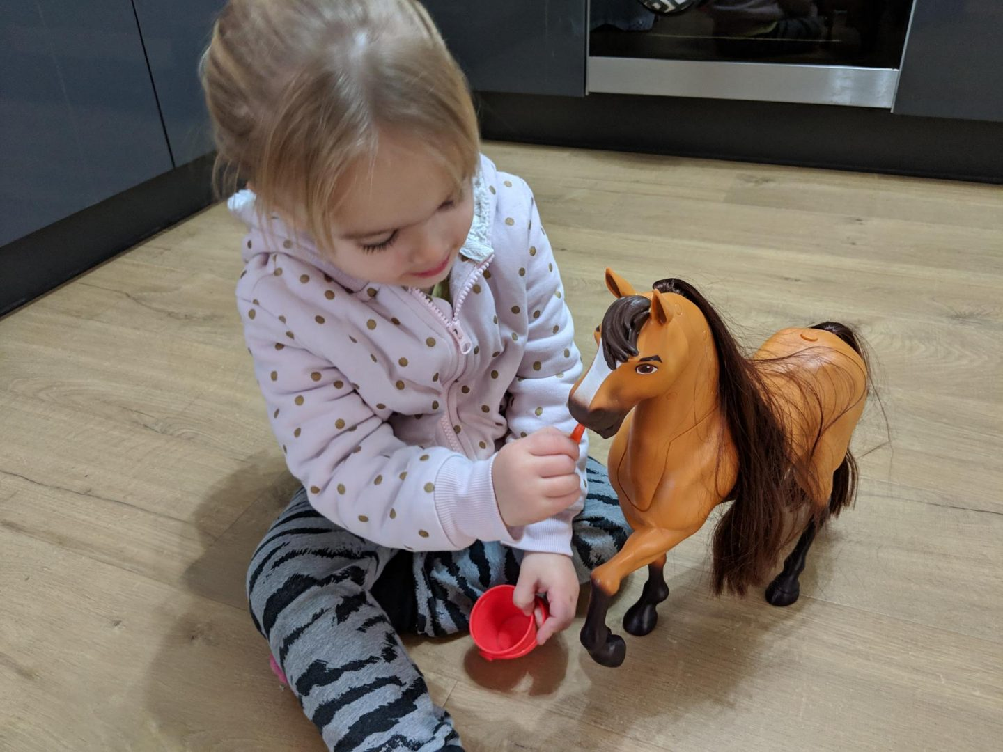 Review & giveaway | Spirit Riding Free – Spirit & Lucky Deluxe Feeding Set