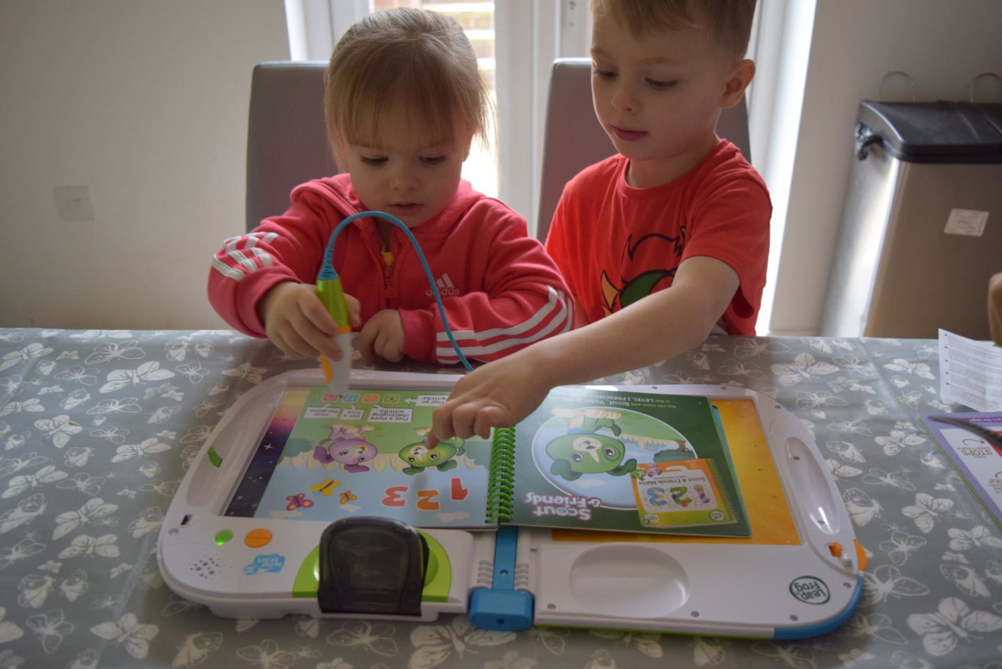 Review | LeapFrog LeapStart 3D with Pixar Pals