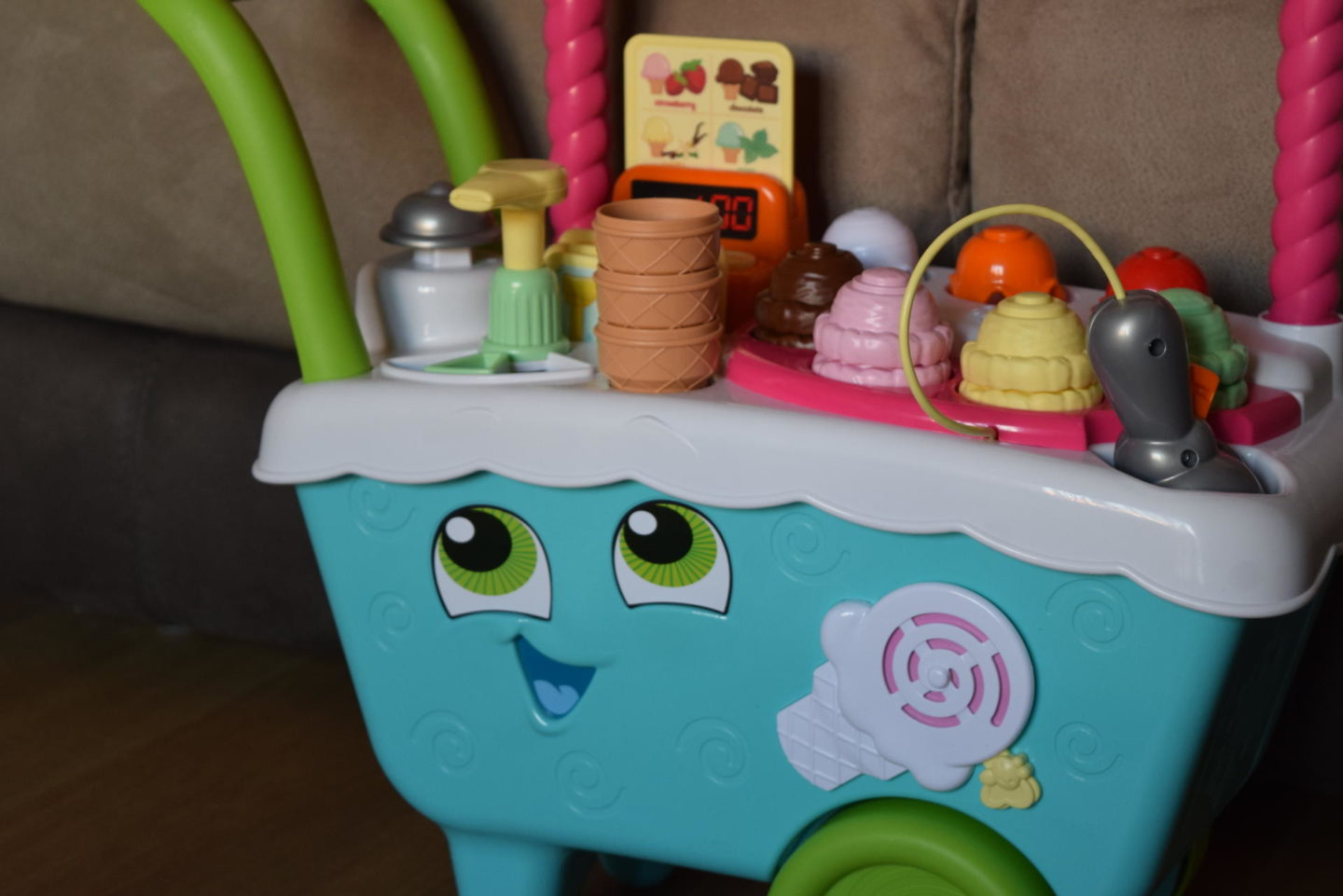 Review | Scoop & Learn Ice Cream Cart