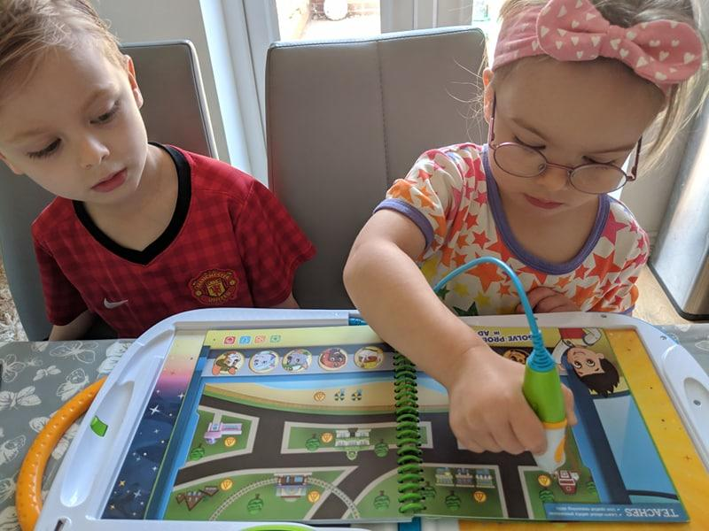 Review | LeapStart 3D activity books