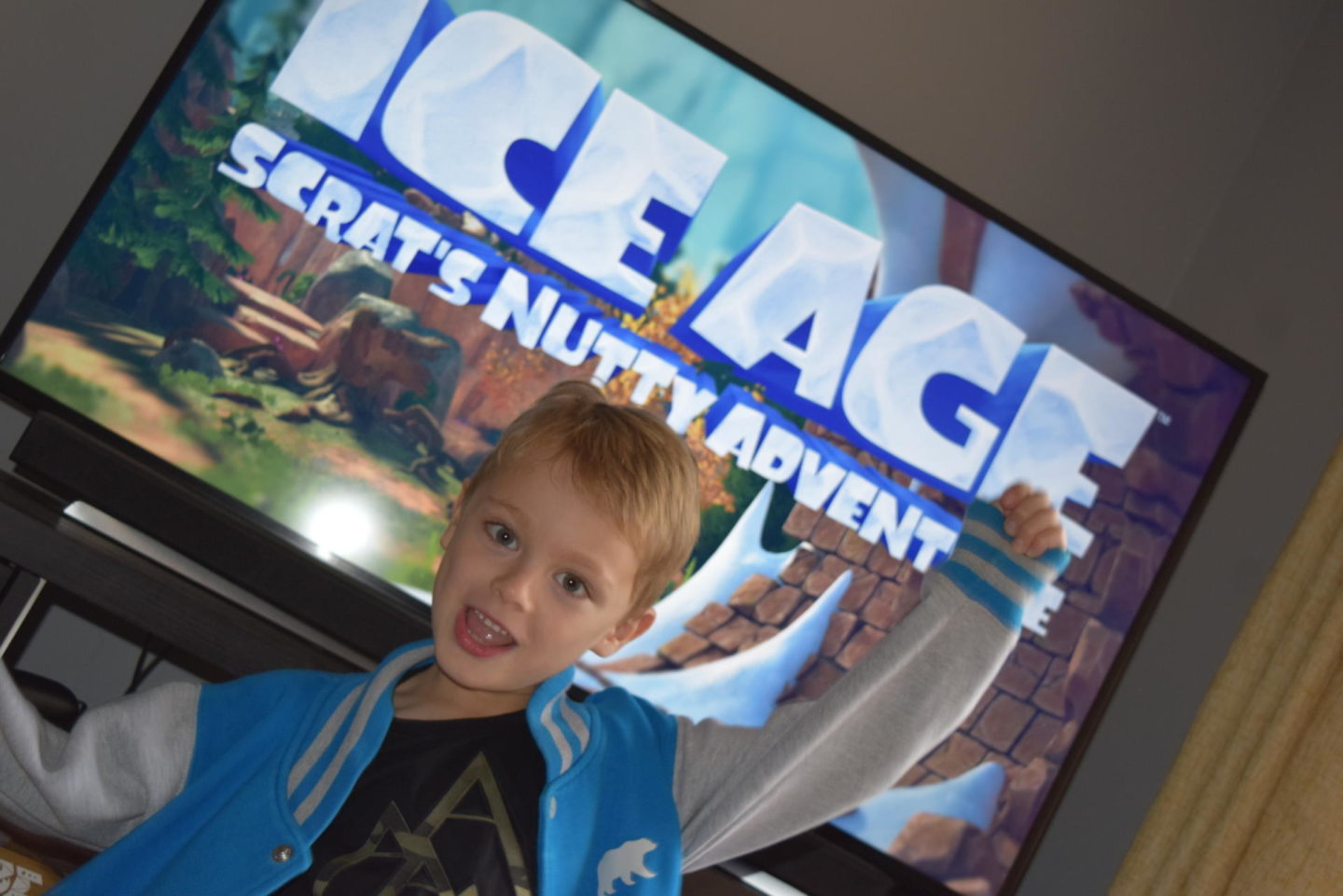 Review | Ice Age: Scrat's Nutty Adventure