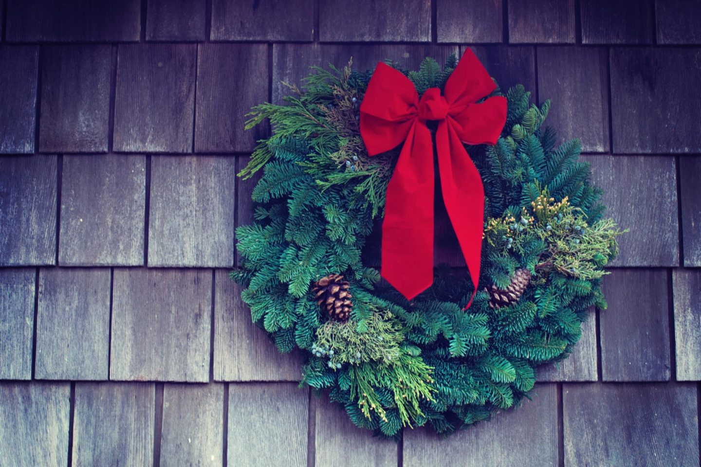 5 creative and budget-friendly Christmas decoration ideas
