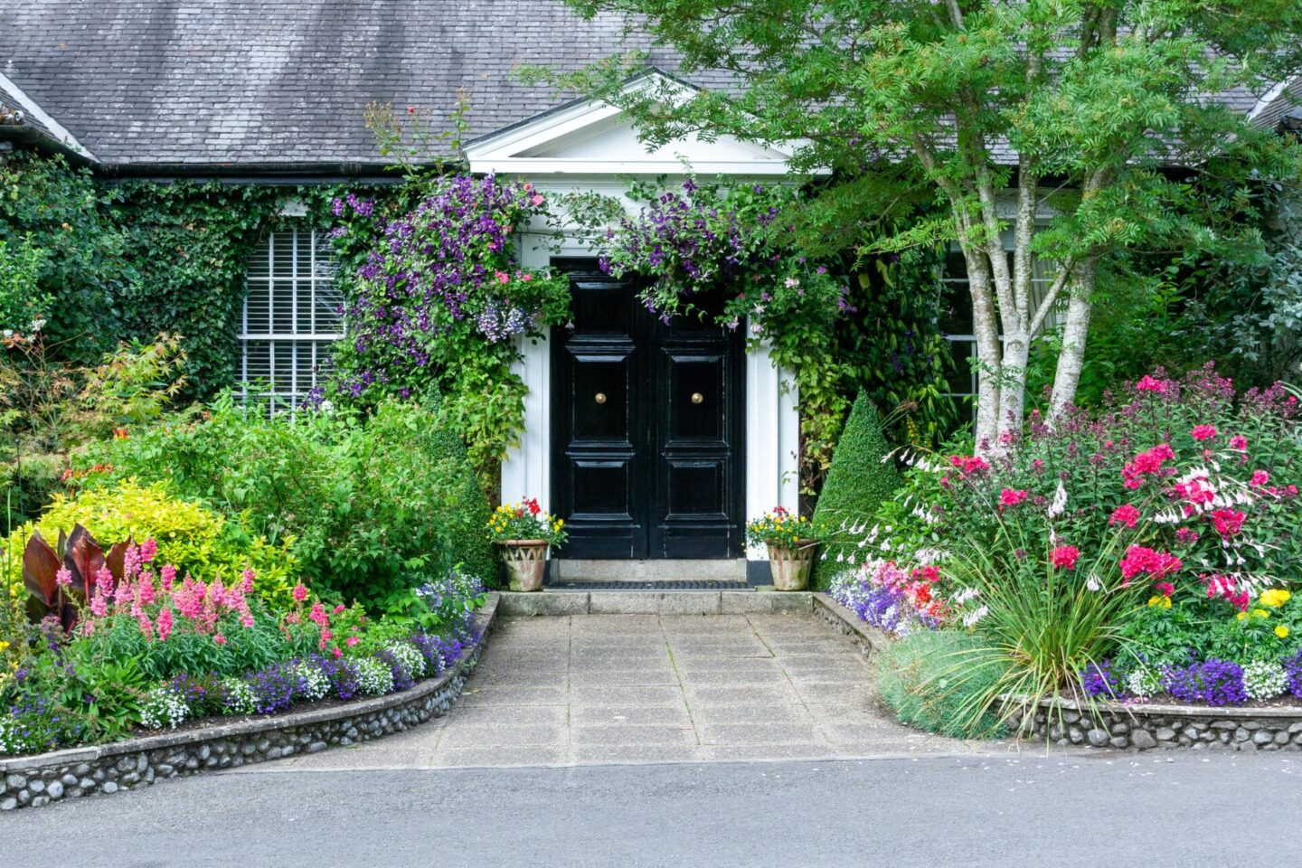 4 kerb appeal ideas to make your home stand out